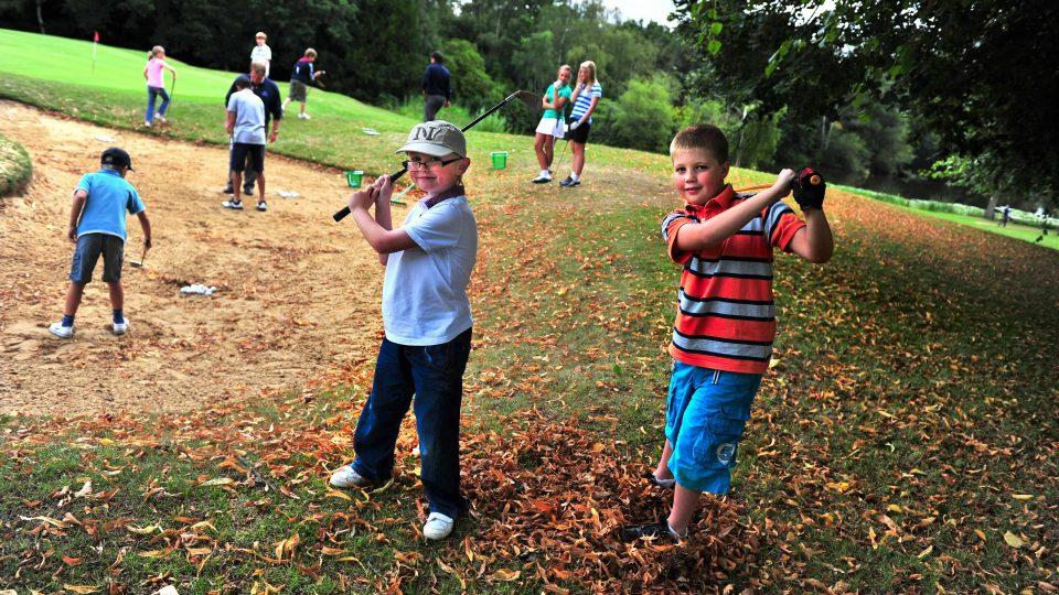 Junior Academy Surrey Merrist Wood Golf Club 4265x2832